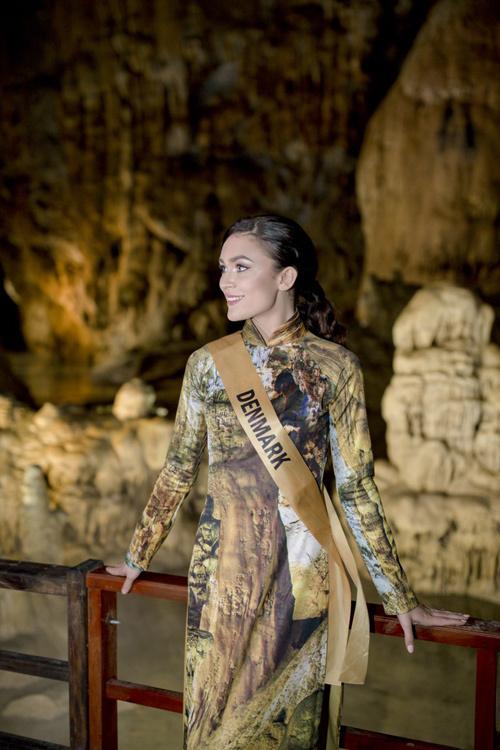Top 20 Miss Grand tạo dáng với áo dài trong động Thiên Đường - ảnh 2