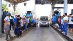 Xem xét xử hình sự tài xế kích động dùng tiền lẻ qua trạm BOT Biên Hòa