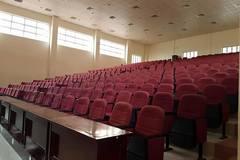 Hụt hẫng vì trời mưa chỉ 5/600 sinh viên đi nghe kỹ năng sống