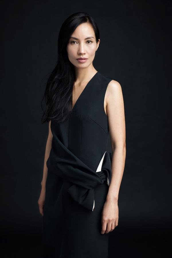 Trần Nữ Yên Khê, Trần Anh Hùng