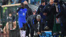 Ngoại hạng Anh trở lại, Conte nghe tin sét đánh