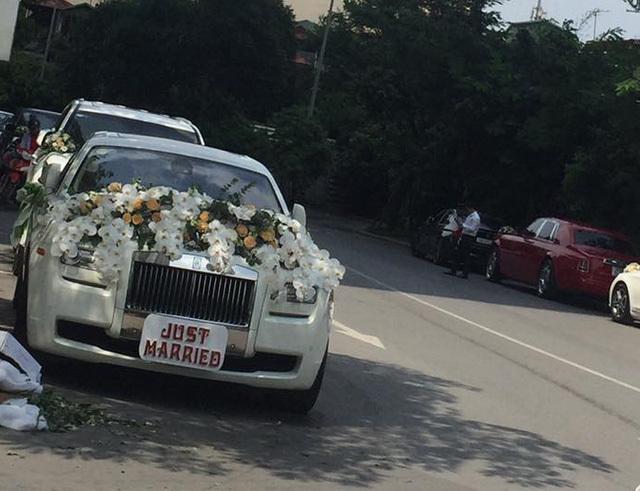Cặp đôi siêu xe Rolls-Royce và dàn xe sang rước dâu tại Hà Nội