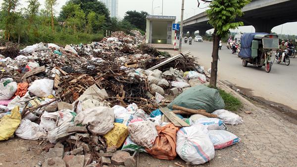 Xử lý rác thải: Thách thức phải vượt qua của Hà Nội