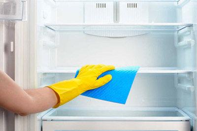 Mẹo vệ sinh tủ lạnh siêu nhanh