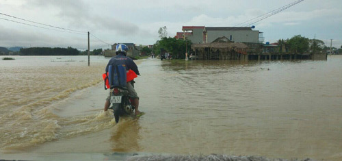 MobiFone chủ động ứng phó với diễn biến áp thấp nhiệt đới