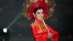 Hoa hậu Hòa bình thế giới 2017: Huyền My mang bộ quốc phục nặng hơn 30kg