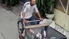 Truy bắt người đàn ông đâm chết đồng nghiệp trên phố Sài Gòn