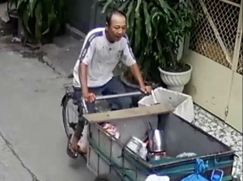 Truy bắt người đàn ông đâm chết đồng nghiệp trên phố Sài Gòn - ảnh 1