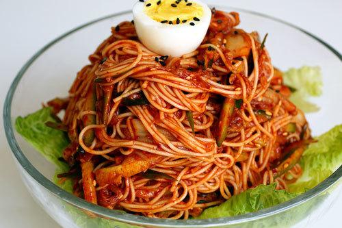 mi spaghetti kim chi