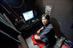 Giới trẻ Nhật thời nay: Không ra đường, không kết hôn, không tình dục
