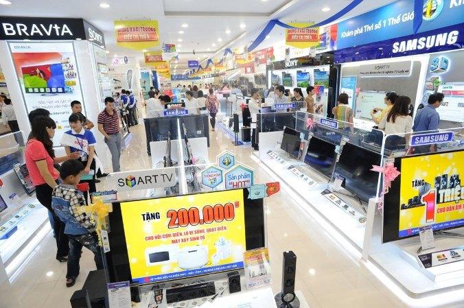 Gần cuối năm, các siêu thị điện máy bắt đầu tung ra chương trình khuyến mãi