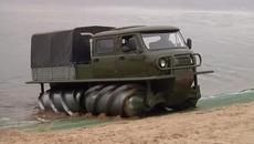 Mẫu xe độc của Nga 'chấp hết' mọi địa hình