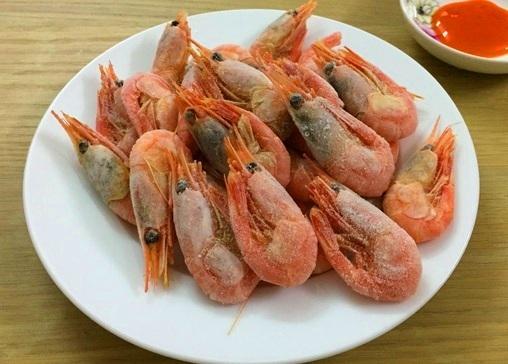Đại gia săn tam thất cổ Việt Nam, dân giàu Nhật ăn bèo tây