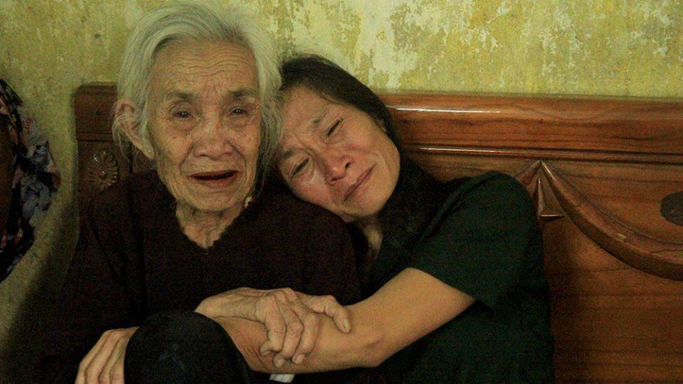 Đinh Hữu Dư: Từ tuổi thơ vác gạch mưu sinh đến phóng viên trẻ nhiệt huyết