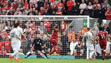 """Mourinho dựng """"xe buýt"""", Liverpool bất lực trước MU"""