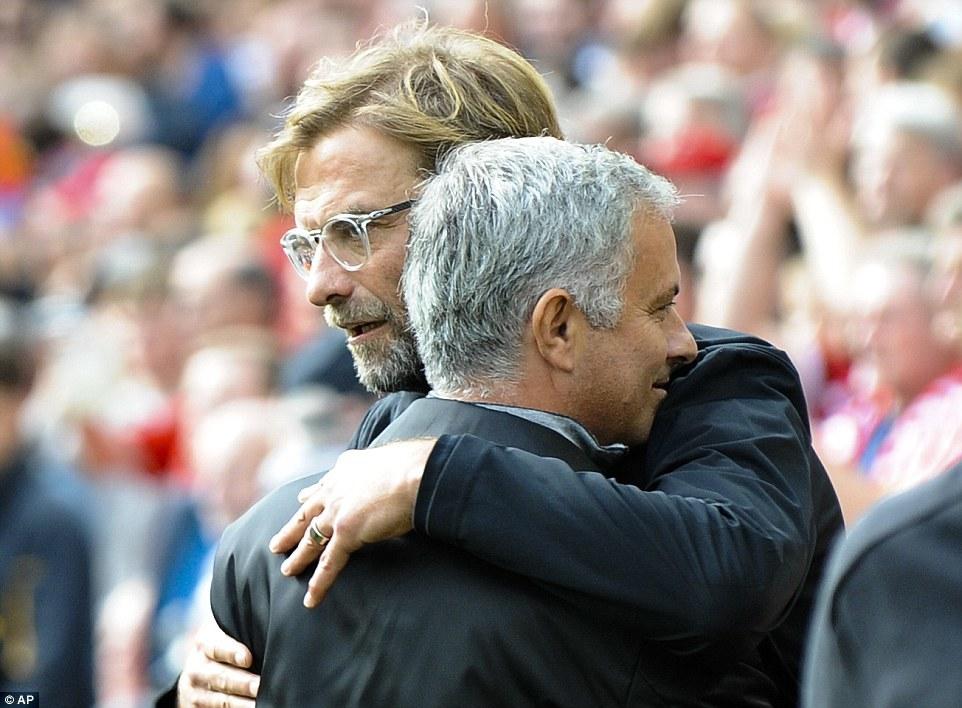M.U lép vế trước Liverpool nhưng đâu có sao