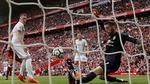 "MU thoát thua: Mourinho và ""bùa may"" De Gea"