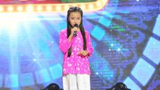 Rơi nước mắt hoàn cảnh cô bé thi hát mồ côi cha, mẹ bán ve chai