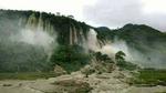 Hình ảnh thác nước 200m trước khi vùi 18 người ở Hòa Bình