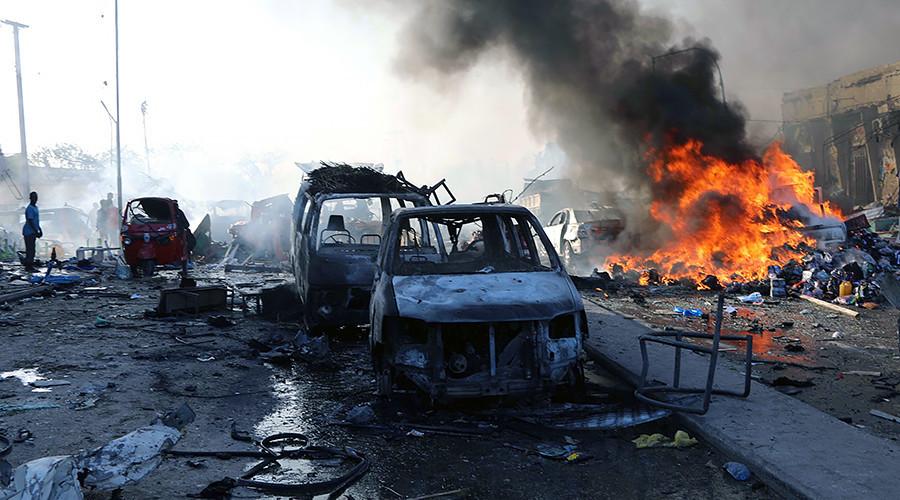 Đánh bom kép tại Somalia, hàng trăm người chết