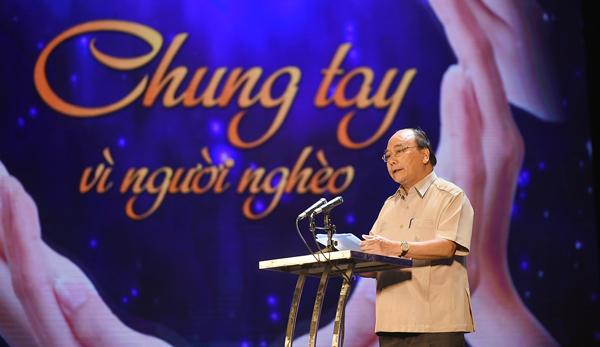Thủ tướng Nguyễn Xuân Phúc, Nguyễn Xuân Phúc, vì người nghèo, nhắn tin ủng hộ người nghèo,