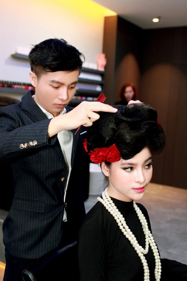 Lương Giang hội ngộ nhà tạo mẫu tóc trẻ tại Singapore