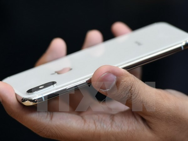 Lô iPhone X đầu tiên sẽ đến Hà Lan và UAE