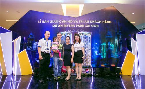 Rivera Park Sài Gòn bàn giao căn hộ: Hoan hỉ ngày tân gia