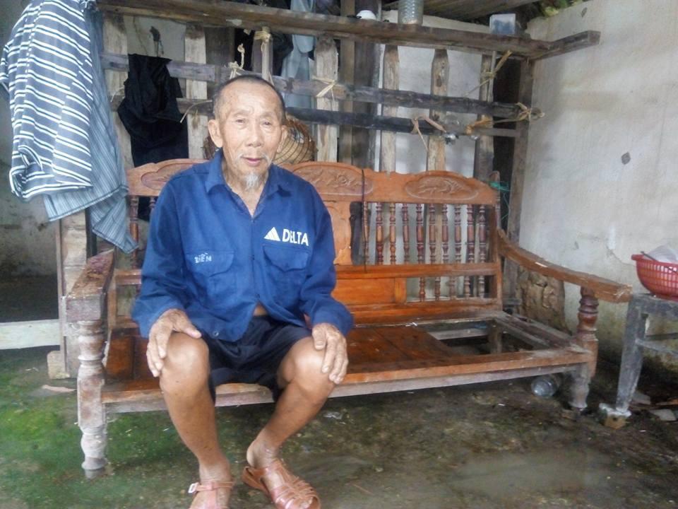 Mơ ước cuối đời của cụ ông sống lay lắt trong ngôi nhà dột nát