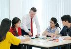 Học tiếng Anh: Điểm số thôi chưa đủ