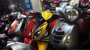 Thêm 2 triệu xe máy ra đường: Chính quyền muốn cấm, dân cần cứ mua