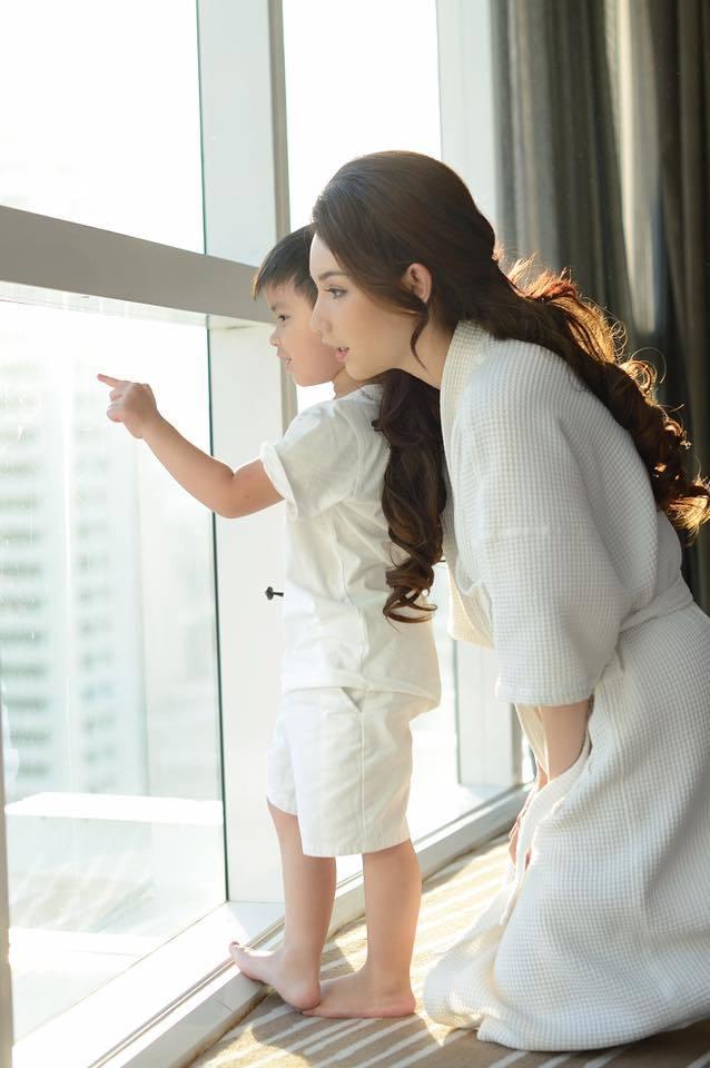 MC Quỳnh Chi,Hôn nhân,Ly hôn,Cách dạy con