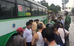 Xe buýt Sài Gòn cán chết nữ sinh viên