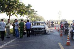 Bắt nghi can gây án vụ giám đốc bị chặn đường, đốt ôtô