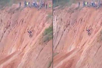 Màn biểu diễn xe máy địa hình cực đỉnh