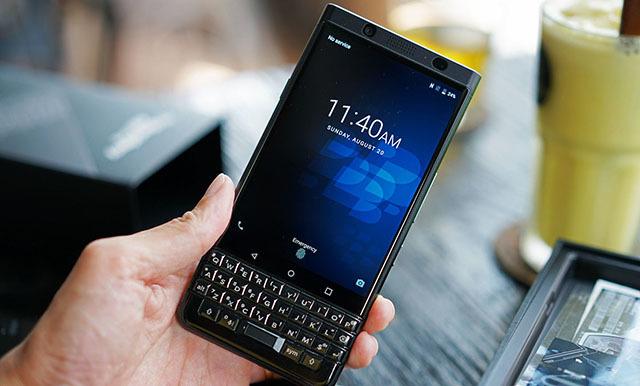 BlackBerry thoát khỏi cảnh 'sống trong sợ hãi'
