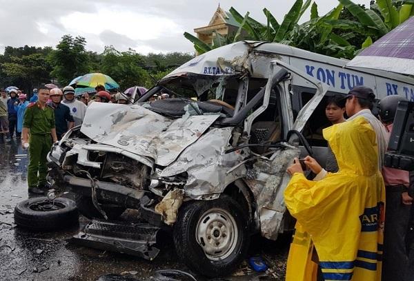 Phơi nhiễm HIV khi cứu nạn xe khách: cả 36 người đều âm tính