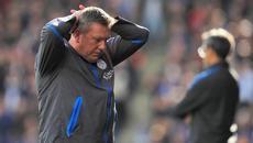 """Leicester sa thải HLV, mời Giggs lên ngồi """"ghế nóng"""""""