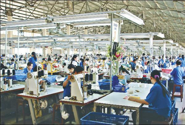 Gov't to advance VND30 trillion for public investment