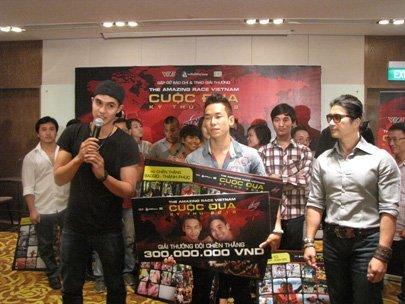 HCM City duo wins Amazing Race Vietnam