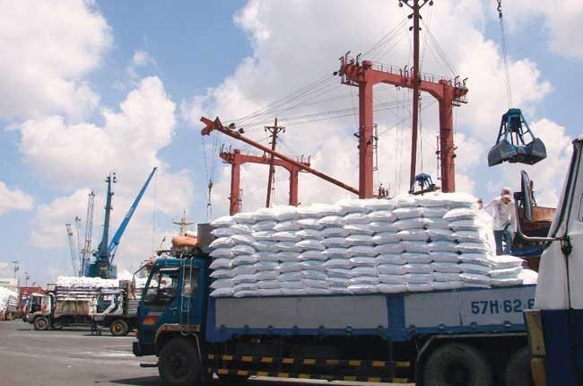 Overproduction prompts Vietnam to consider exporting urea