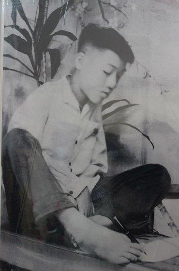 """Extraordinary man"" Nguyen Ngoc Ky and his studies"