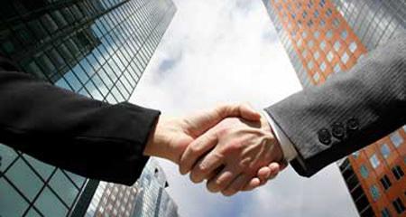 M&A, mua bán sáp nhập, thâu tóm, tiền mặt, doanh nghiệp lớn, đại gia,