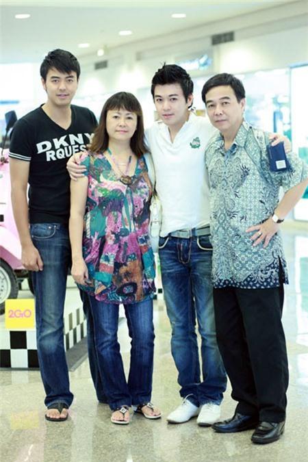 Những sao Việt 'con nhà gia thế'