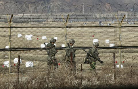 Hàn Quốc, Triều Tiên, hạt nhân, tên lửa