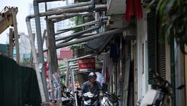 Dàn ống nước thải có một không hai giữa Hà Nội
