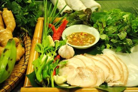 Món ngon 3 miền trong Furama Resort Đà Nẵng