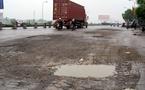 2 xe container đối đầu, QL5 ùn tắc nhiều giờ