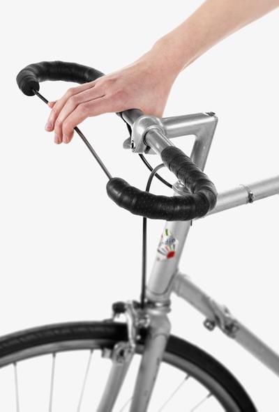 Đạp xe dạo phố với những phụ kiện xe đạp cực 'ngầu'