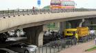 """Cận cảnh gầm cầu bị """"xẻ thịt"""" ở Hà Nội"""